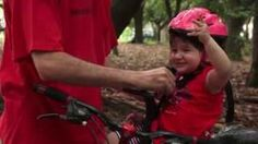 Kalf Bikes - YouTube  Veja como instalar e usar a cadeirinha Baby Bike na sua bicicleta. Aproveite a pedalada em boa companhia!  www.kalf.com.br