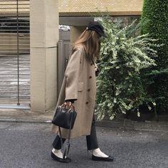 Daily Look, Put On, Korean Fashion, Midi Skirt, Style Inspiration, Photo And Video, Skirts, Korean Style, October