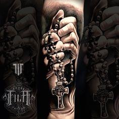 Hip Tattoos Women, Leg Tattoo Men, Leg Tattoos, I Tattoo, Tattoos For Guys, Sleeve Tattoos, Cool Tattoos, Realistic Tattoo Sleeve, Koi Painting