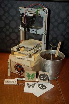 Arduino-based Laser-cutter from used DVD-R drives! Check out http://arduinohq.com for cool new arduino stuff!: