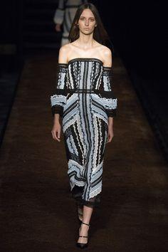 Erdem Spring 2016 Ready-to-Wear Fashion Show - Waleska Gorczevski