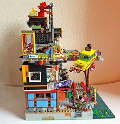 Lego Ninjago City, Lego Lego, Lego City, Legos, Old Lego Sets, Lego Movie Sets, Lego Minifigure Display, City Layout, Building Drawing