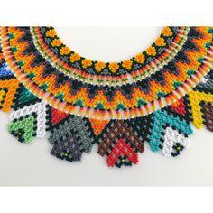 Collar Chaquiras elaborado por la tribu Embera de Colombia.