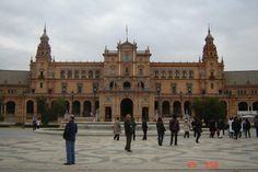 Fotografía: Andry Paz - Sevilla Louvre, Building, Travel, Sweet, Circuit, Sevilla, Vacations, Europe, Cities