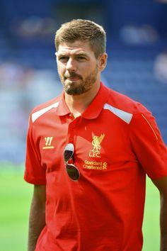 Liverpool Fc, Liverpool Football Club, Happy Birthday Steve, Steven Gerrard, Captain Fantastic, Australian Football, You'll Never Walk Alone, Zinedine Zidane, Ac Milan