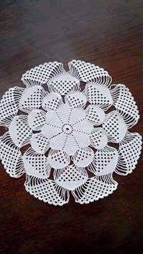 Baby braids newest knitting patterns - Part 2 - Knittting Crochet Crochet Circles, Crochet Doily Patterns, Thread Crochet, Filet Crochet, Crochet Designs, Knit Crochet, Knitting Patterns, Crochet Home, Crochet Crafts