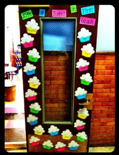 New Year Classroom Door Decorations Pictures Ideas - New Deko Sites Classroom Door Displays, Classroom Walls, Classroom Bulletin Boards, Classroom Themes, Classroom Organization, Classroom Pictures, Future Classroom, Summer Bulletin Boards, Teacher Doors