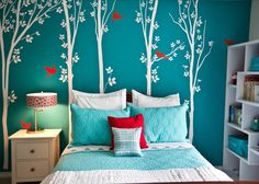 Easy Wall Design - Paint a wall a bold color and add removable wall decals for a graphic look #kidsbedroom