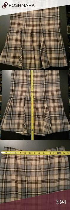 Dolce & Gabbana Wool Mermaid Trumpet Pencil Skirt Beautiful and incredibly flattering.  Very hard to find. Italian size 38. See pics for measurements. Skirts Pencil