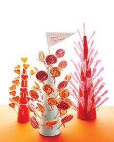 Ultra-Creative Candy Centerpieces to Sweeten the Celebration Candy Wedding Favors, Candy Favors, Favours, Candy Table, Candy Buffet, Dessert Buffet, Soirée Halloween, Lollipop Tree, Lollipop Display