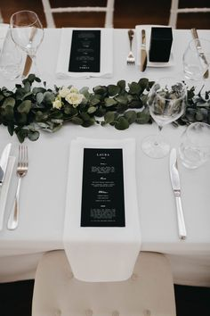 How stunning is this table layout with the name ca Black And White Wedding Theme, Modern Wedding Reception, Our Wedding, Dream Wedding, Modern Wedding Ideas, Sister Wedding, Wedding Music, Wedding Photos, Wedding Table Settings