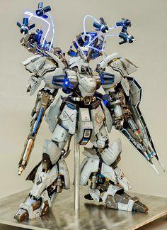 MSN-04 Sazabi Evolve 2.0 - Custom Build - Gundam Kits Collection News and Reviews