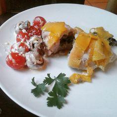 chicken breats with oreganum and mushroom stuffing