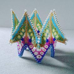 un autre bracelet fortuneteller #bijoux #jewels #manchette…