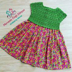 This Pin was discovered by Gül Crochet Yoke, Crochet Vest Pattern, Crochet Fabric, Crochet Dress Girl, Baby Girl Crochet, Crochet Baby Clothes, Crochet Toddler, Crochet For Kids, Toddler Dress