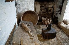 Earl's Pantry (stevesheriw) Tags: ireland castle medieval 1425 quarters bunratty servant countyclare folkpark earlspantry 2014stevenmwagner