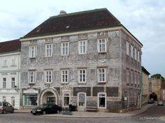 Scraffito Haus in Retz, Austria