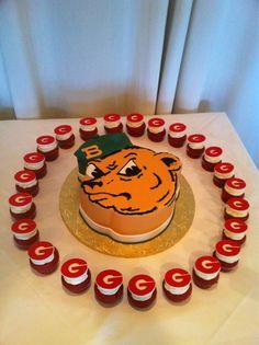 #Baylor groom's cake (via @JTWhiddon) #sailorbear #groomscake