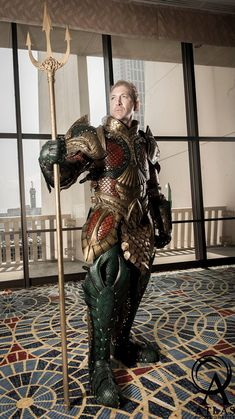 Funny pictures about Medieval Aquaman Armor. Oh, and cool pics about Medieval Aquaman Armor. Also, Medieval Aquaman Armor photos. Dc Cosplay, Aquaman Cosplay, Male Cosplay, Cosplay Costumes, Cosplay Armor, Best Cosplay Ever, Dark Knight Returns, Amazing Cosplay, Amazing Costumes