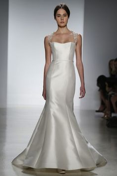 Fashion Friday: Amsale Bridal Spring 2014 | http://brideandbreakfast.ph/2013/05/24/fashion-friday-amsale-bridal-spring-2014/ | Photos: WWD