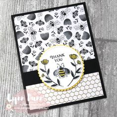 2 Card Designing Tips - Stampin Up Honey Bee Today I have two card designing tips to share with you featuring the Stampin Up Honey Bee. Learn about the reverse card design and adding pops of color. Stampin Up Karten, Honey Bee Stamps, Bee Cards, Fun Fold Cards, Bee Theme, Stamping Up Cards, Animal Cards, Card Tutorials, Art Design