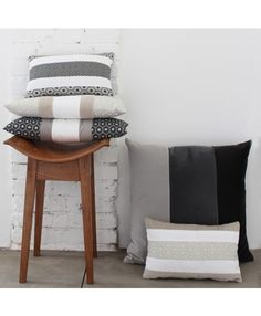 Geometrie Black & White - Made in Italy Cushions by L'Opificio on Luxxdesign.com