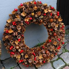 The post appeared first on Glas ideen. All Things Christmas, Christmas Crafts, Christmas Decorations, Christmas Ornaments, Pine Cone Art, Pine Cone Crafts, Rabbit Crafts, Acorn Crafts, Autumn Crafts