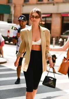 Emily Ratajkowski Street Style, Emily Ratajkowski Outfits, Emily Ratajkowski Sunglasses, Looks Street Style, Model Street Style, Fashion Week, Look Fashion, Fashion Outfits, Irina Shayk