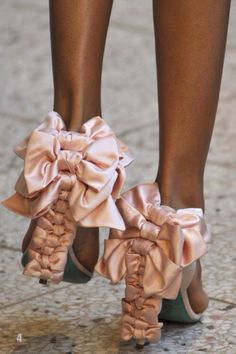 Pink and silk and bow it