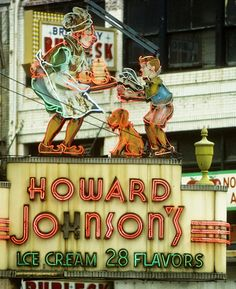 Vintage Howard Johnson's sign.....They had the best peppermint ice cream when I was a kid in Tallahassee. We only ate there for special occasions like birthdays, which made it even more special.