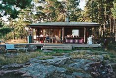 housebuiltfortwo:  A well-used stuga between the rocks and pines ofÅland, a group of islands on the Baltic Sea between Sweden and Finland. ...