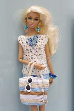 ru - Playing with dolls :: Subject: Bagheera: Gallery of worksru - Hraní s panenkami: Bagheera: Galerie pracícrochet barbie doll clothes for beginners Crochet Doll Dress, Knitted Dolls, Knitting Dolls Clothes, Doll Clothes Patterns, Barbie Stil, Accessoires Barbie, Poppy Doll, Crochet Barbie Clothes, Crochet Barbie Patterns