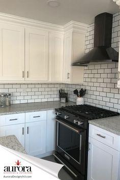 Black And White Backsplash, Backsplash For White Cabinets, White Shaker Cabinets, White Kitchen Cabinets, Kitchen Redo, Kitchen Remodel, Backsplash For Kitchen, Kitchen With Black Appliances, Kitchen Cabinets With Black Appliances