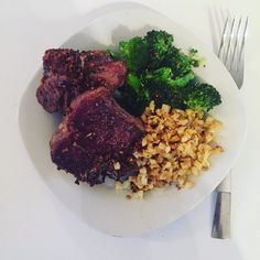 I've shied away from posting food pics but tonight's dinner was too good not to share.  This #paleo creation was absolutely Devine! Pan seared garlic encrusted lamp chops with seasoned cauliflower rice and steamed broccoli! Now that's how you #getyourprotein #macros #eatyourrainbow #makeitcount #eatgoodfood and make #goodfoodfast this meal took 10 minutes to make by duenordth