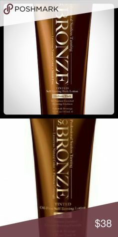 Buy 1 get 1. So Professional Sunless Tanning Set Tinted Self-Tanning Body Lotion - Instant bronze tint for subtle golden color - Revolutionary Tri-Nutrient enriched Bronzing Blend delivers key antioxidants and skin conditioners for a more natural, healthier-looking tan - Absorbs into skin quickly and wont stain clothing - Light, fresh fragrance, oil free, paraben free. Makeup Bronzer