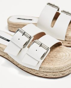 85857395e30 BUCKLED LEATHER SLIDES-NEW IN-WOMAN