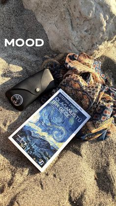 Stefan Zweig, Fake Photo, Instagram Story Ideas, Aesthetic Iphone Wallpaper, Galaxy Wallpaper, Insta Story, Couple Pictures, Book Quotes, Summer Vibes