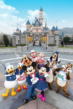 Disney Parks, Walt Disney, Disney Love, Disney World Fotos, Disney World Pictures, Cartoon Wallpaper Iphone, Disney Wallpaper, Disney World Castle, Disney Castles
