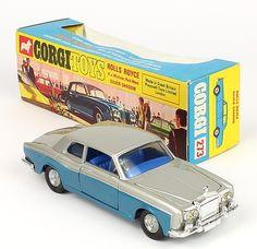 "Corgi Toys 267 Rolls Royce rare dark blue/silver with take iff wheels ""golden jacks"" Pic QualityDiecastToys.com"