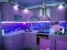 Purple Kitchen Designs, Kitchen Colors, Funky Kitchen, Kitchen Sets, Modern Kitchen Interiors, Victorian Style Homes, Kitchen Stove, Sweet Home, Bedroom Decor