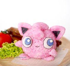 Cute Characters on Rice Ball's by Nawaporn Pax Piewpun aka PeaceLoving Pax. |FunPalStudio| Art Artist Artwork Food Art rice balls Creativity Entertainment