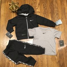 Nike toddler 3 PC set Brand new w tags. Stylish toddler boys Nike 3pc set w therma-fit hoodie & pants w dri-fit shirt Size: 2T Retail: $100 Nike Other