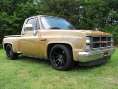 1984 CHEVY CHEVROLET GMC SIERRA 1500 305 MOTOR SHORT BED STEPSIDE CUSTOM LOWERED, image 1