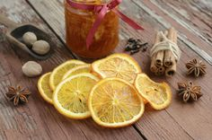 51 Ways to Use Orange Peels in a Zero Waste Home Croissants, Orange Peel Chicken, Orange Peel Candle, Orange Peels Uses, Homemade Fire Starters, Homemade Potpourri, Salsa Dulce, Candied Orange Peel, Infused Oils