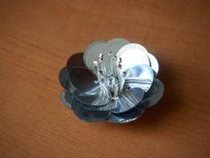 paillette flower necklace | what i do