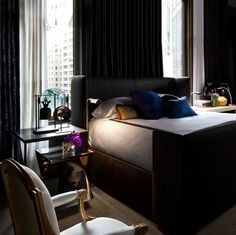 The perfect bedroom! Modern, masculine, sexy, elegant, rich and so chic! Perfection