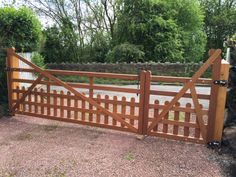 Hardwood gates in Nottingham Dog and Pet safe. #woodengates