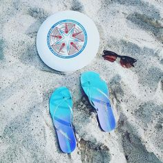 Summer essentials by @kringsquaredh #theultimatelife