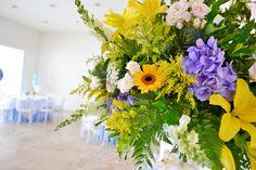 Bella decoración de arreglos florales.