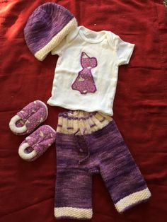"""Going home outfit for baby? Hips: 7"""" Rise: 6"""" Inseam: 5"""" Includes: Longies, tshirt, hat, and booties"""